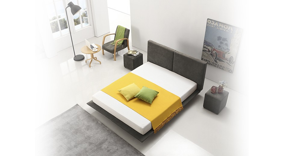 מיטה זוגית cloud מרופדת בד בגוון אפור כהה, מיטה זוגית מרחפת