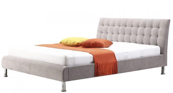 מיטה זוגית קורל מרופדת בד בצבע אפור בהיר זוית 45