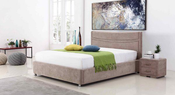 מיטה זוגית לוטם עם ארגז מצעים דו שלבי מרופדת בד בצבע חום אפרפר תמונת רקע