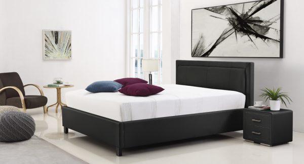 מיטה זוגית סולי עם ארגז מצעים מרופדת דמוי עור שחור