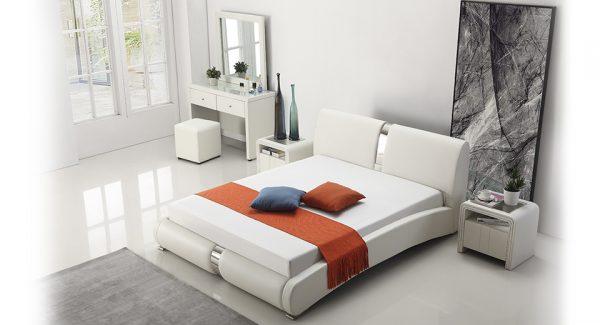מיטה זוגית מודלו מרופדת דמוי עור בצבע לבן תמונת רקע צילום עילי